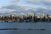 View over Hudson River to Manhattan, New York, New York, USA