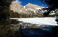Mountains covered with snow, John Muir Wilderness, California, USA