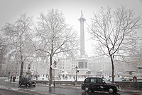 trafalgar square in winter
