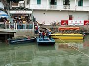 Cross river boat