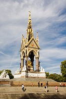 Albert Memorial, Kensington Gardens, Kensington, London, England.