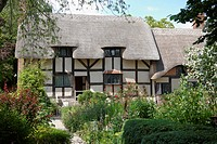 England, Warwickshire, Shottery, Anne Hathaway´s Cottage, a traditional English cottage that was the pre_marital home of William Shakespeare´s wife, A...