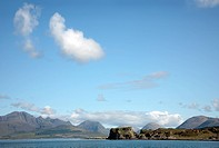 Scotland, Highland, Tokavaig, Dunscaith Castle Dun Sgathaich Castle, a ruined castle on an off_shore rock in Loch Eishort on the Isle of Skye.