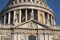St. Paul´s Cathedral in the City of London, designed in the 17th century by Sir Christopher Wren. The dome was inspired by St Peter´s Basilica in Rome...