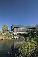 Covered-bridge-Drouin, Québec, Canada
