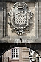 THE TOWN´S COAT OF ARMS ON THE SAINT_VINCENT GATE, SAINT_MALO, ILLE_ET_VILAINE 35, FRANCE