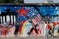 EAST SIDE GALLERY MAUER GALERIE, THE OPEN_AIR GALLERY OF THE MUHLENSTRASSE, WITH WORKS BY 118 ARTISTS FROM 21 COUNTRIES, MAKES UP THE LONGEST PRESERVE...