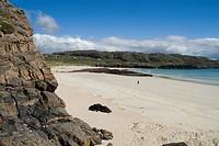 OLDSHOREMORE BAY SUTHERLAND Rocky cliffs white sands bay shore Northwest Sutherland coast