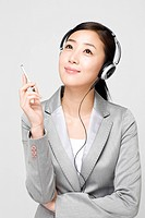 Businesswoman holding a pen (thumbnail)