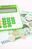 calculator and Korean currency