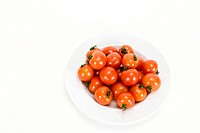 Cherry tomato on plate (thumbnail)