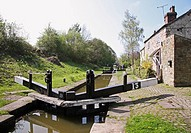 Locks and lock keeper's cottage on the Trent and Mersey English canal