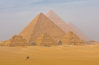 The Pyramids of Gizeh, UNESCO World Heritage Site, Cairo, Egypt, North Africa, Africa