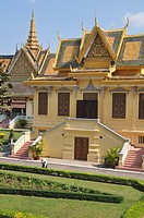 Phnom Penh (Cambodia): building in the Royal Palace compound