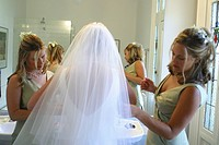 family, maids, wedding, bride, prepare, brides