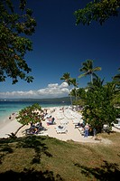 Dominican Republic, Bay of Samana, Cayo Levantado, island, beach, lounge chairs, relaxing