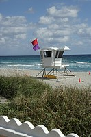 USA, Florida, Palm Beach, life guard, stand, beach
