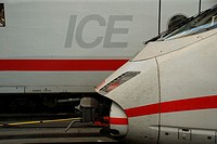 Power car of the ICE 3