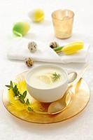 Cream of lemon soup