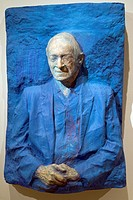 Meyer Schapiro, 1977, by George Segal American, 1924-2000, Painted plaster, H  37-7/8, W  26, D  12 inches 96 2 x 66 x 30 5 cm , Metropolitan Museum o...