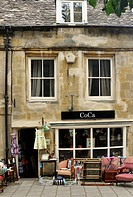 Bric-a-brac antique shop at Chipping Norton, Oxfordshire Cotswolds, UK