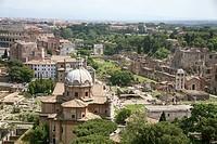 Italy, Rome, Forum Romanum, view fron the Vittorio Emanuele II monument