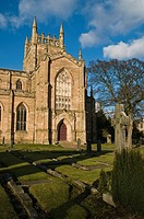 Dunfermline Abbey DUNFERMLINE FIFE Dunfermline Abbey south nave and graveyard