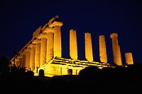 greek temple, agrigento, sicily, italy