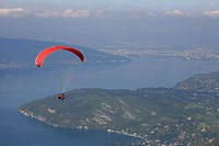 PARAGLIDING OVER THE COL DE LA FORCLAZ PASS, ANNECY LAKE, UNESCO WORLD HERITAGE SITE, HAUTE_SAVOIE 74, FRANCE