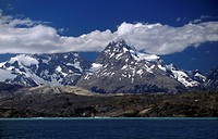 ANDES PEAK COLORADO PAINE GRANDE 3050 M, is the highest in the park _ TORRES DEL PAINE NP, PATAGONIA, CHILE