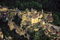 France, Aquitaine, Dordogne, Beynac castle, aerial view