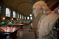 USA, Massachusetts, Boston: Bust of Benjamin Franklin in Bates Hall reading room in Boston Public Library
