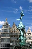 Belgium, Antwerp. Grote Markt, Brabo fountain
