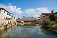 Italy, Tuscany, Bagno Vignoni