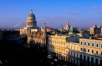CUBA, HAVANA, VIEW OF GRAND THEATER OF HAVANA AND CAPITOL BUILDING