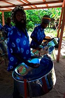 GRENADINES, MAYREAU ISLAND, STEEL BAND