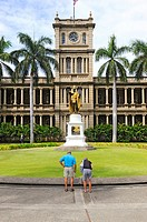 Statue of King Kamehameha and State Judicial Building Aliiolani Hale Honolulu Hawaii Oahu Pacific Island