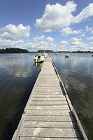 Lithuania, Zemaitija National Park, Lake Plateliai, Yachts moored by jetty