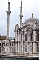 Turkey, Istanbul, Ortakoy Mosque officially Bueyuek Mecidiye Camii or Mecidiye Mosque situated on the Bosporus River