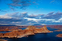 Alstrom Point with Lake Powell, Utah, USA