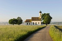 Chapel of St. Johann in Raisting, Upper Bavaria, Bavaria, Germany, Europe