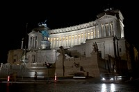 Monument to Vittorio Emanuele II, also known as Vittoriano or Altare della Patria, designed by Giuseppe Sacconi in 1885, later also tomb of the Unknow...
