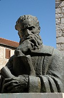 Croatia, Hvar island, Stari Grad  Sculpture of croatian poet Petar Hektorovic 1487-1572