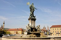 Fountain in front of the Wuerzburger Residenz palace, Wuerzburg, Lower Franconia, Bavaria, Germany, Europe