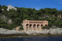 Cypris Villa seen from the sea, Roquebrune Cap Martin, Département Alpes Maritimes, Région Provence Alpes Côte d'Azur, France, Mediterranean, Europe