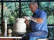 Adult, Art, Artisan, Artist, Caucasian, Ceramist, Craft, Crafts, Cratfsman, Craftspeople, Craftwork, Economy, Europe, Germany, H