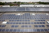 Construction of a large photovoltaic system on several rooftops, 16000 square metres, Gelsenkirchen, North Rhine_Westphalia, Germany, Europe