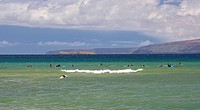 Surfers in the sea off Mai Poina ´Oe La´u State Beach, North Kihei, Maui, Hawaii, USA, America