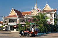 Seaside Hotel on Ochheuteal Beach, Sihanoukville, Cambodia, Indochina, Southeast Asia