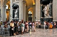 Service, nave, Basilica San Giovanni in Laterano, Basilica of St. John Lateran, Rome, Lazio, Italy, Europe